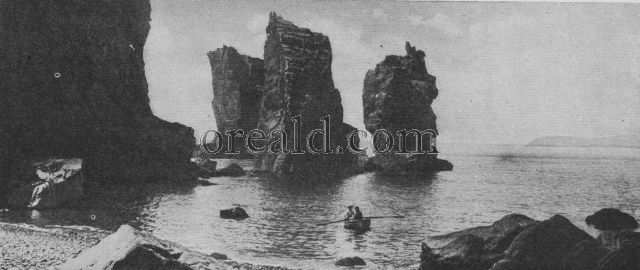THE AUTELETS OF SARK, GIANT ROCKS ON THE ISLAND'S WESTERN SEABOARD