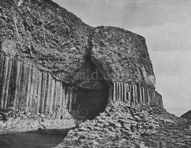 THE WONDER OF FINGAL'S CAVE ON THE ISLET OF STAFFA