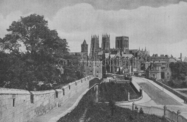 THE WALLS OF THE THIRD EDWARD AT YORK, SHOWING THE MINSTER FROM THE EMBATTLED FOOTWAY